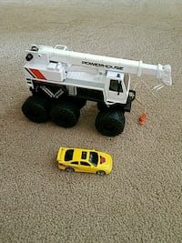 Monster truck toy