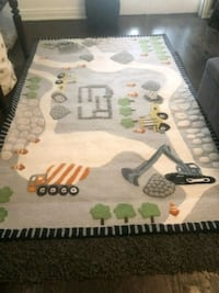 Pottery Barn Construction Rug 8' x 5'. Great condition! Toronto, M5N 2X4