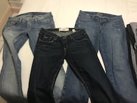 3 pairs of name brand womens jeans Miami, 33134
