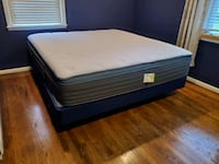 Mattress / Bed : Helix Luxe King Size