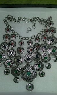 Woman's Lucky Brand necklace
