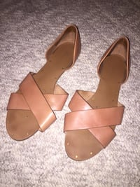 Woman Open Toe Sandals Burnaby, V5A 2X1