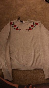 sweater size:S
