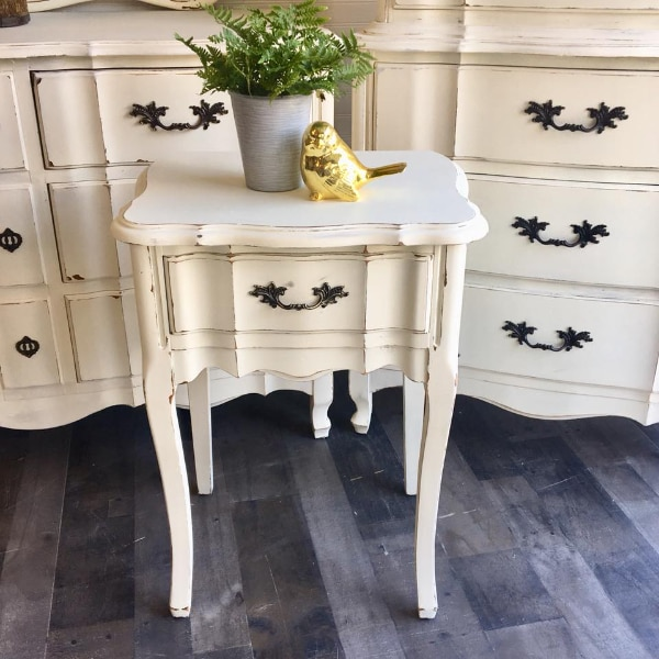 Ordinaire FRENCH PROVINCIAL NIGHT STAND SIDE TABLE IVORY WHITE DRAWER TALL REFINISHED  Measures 27.5u201d H X 20u201d W X 16u201d D Excellent Condition