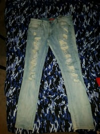 Guess Jeans Calgary, T2A 5G4