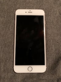 silver iPhone 6 with black case Winchester, 40391