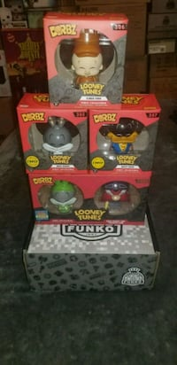 Looney Tunes dorbz exclusive set (FIRM PRICE)  Toronto, M1L 2T3