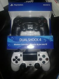 black Sony PS4 game controller with box 3736 km