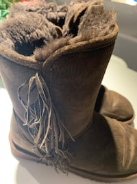 Brown winter boots Toronto, M4W 0A8