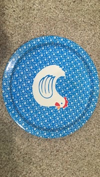 round blue and white chicken printed floral serving tray 139 mi