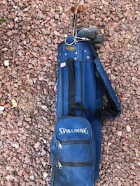 Set of Wilson golf clubs with Spalding bag. Las Vegas, 89139