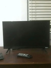 Vizio smart tv with remote  Pensacola