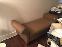 Chaise lounge chair mint condition Langley, V2Y