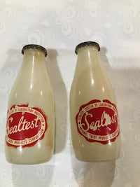 Sealtest milk bottles salt & pepper shakers White Post, 22663