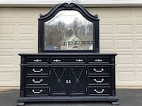 Gorgeous Large Solid Wood Long Dresser With Mirror Black With Silver Handles Manassas
