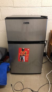 gray and black Emerson top mount refrigerator College Park, 20742