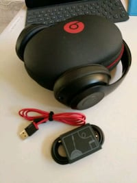 Beats Studio 3 Wireless with Accessories Chanhassen, 55317