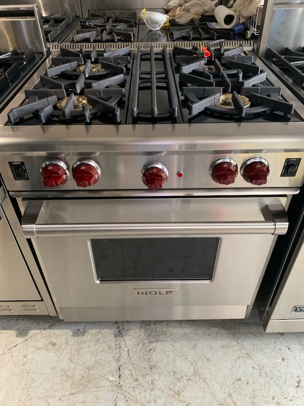 Wolf 30 Inch Natural Gas Range