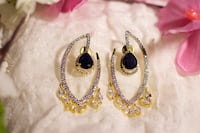 Gold and black gemstone earrings Vaughan, L6A 3A4