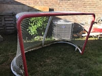NHL size hockey Net! I also have  extra netting available  Pickering