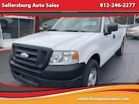 2007 Ford F-150 XL Pickup 2D 8 ft Sellersburg