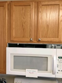 white and black microwave oven Woodbridge, 22193