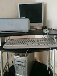 Pc and printer and desk must take all El Paso, 79915