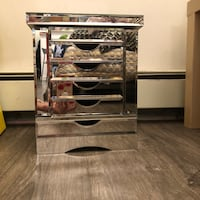 Mirrored jewelry dresser  Vancouver, V6G 3H7