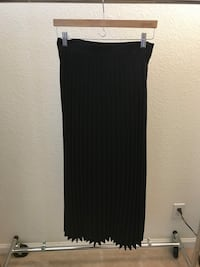 H&M long pleated skirt San Jose, 95136