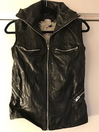 Biker top size S vegan leather  Montréal, H3C