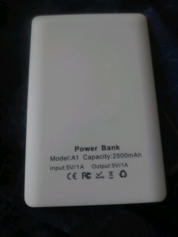 10 Slim Power Banks 6a1b070f-b69f-4223-b137-6395bcd3260d