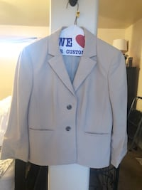 New just dry cleaned suit jacket Widefield, 80911