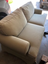 Couch  Tulare, 93274