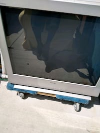 gray and black flat screen TV Anaheim, 92804