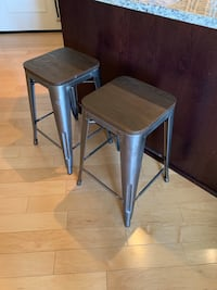 Rustic wood & metal barstools Baltimore, 21202