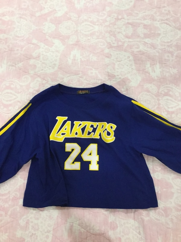 ba741926311 Used Girls or women s Lakers shirt for sale in Mississauga - letgo