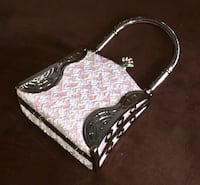 black and white leather handbag Temple Hills, 20748