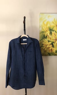 Navy blue Uniqlo long sleeve shirt (mixed linen and cotton), Size M San Diego, 92130