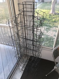 Wire display rack perfect for selling Hershey, 17033