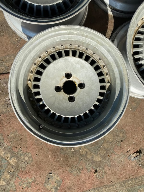 16 İNC ROLEX JANT TAKIMI 4x100 OFSETLİ d9ce25ee-cb6f-40dc-9fe3-a89eef518f26