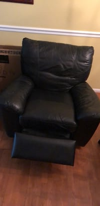 All leather Black Reclainer Great condition  Silver Spring, 20906