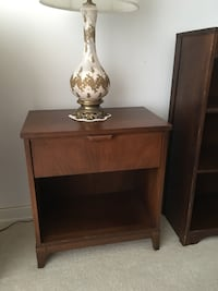 MOVING TMRW - must sell today - solid wood night table with drawer $40 PLUS lamp $15 Brampton, L6S 1Z5