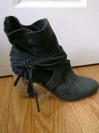 Free People Fall Boots - extremely cute!  Toronto, M5A 1W1