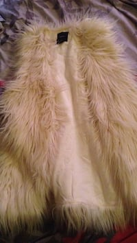 white and brown fur textile Toronto, M6A 2Y3