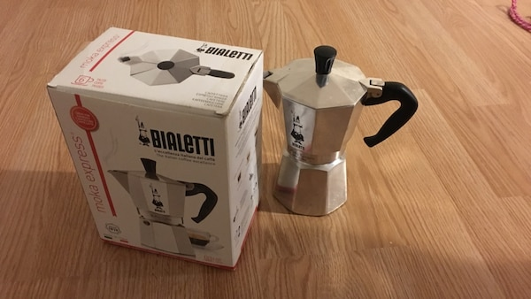 black and white Bialette blender with box