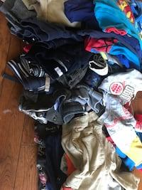 Huge lot 100 plus items great condition shown in pic lots of pants onies shirts and more all sizesto 24 months Edmonton, T5C