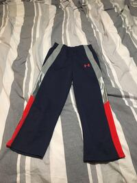 Under armour size 6 new without taga Saanich, V8Y 1X8