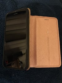 iPhone 7 (very gently used for only short period) in metallic pink leather credit card case Cape Coral, 33990