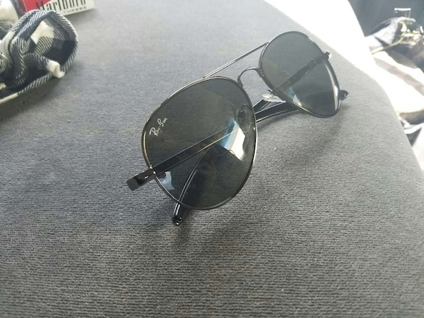d43735a81820 Used RAYBAN AVIATOR for sale in Glendale - letgo