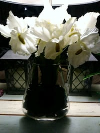 Silk iris in glass vase Manvel, 77578